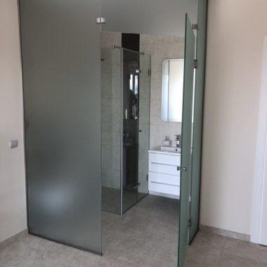 FÜrdŐszobai Üvegfal És Zuhanykabin