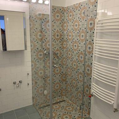 Osztott Zuhanykabin